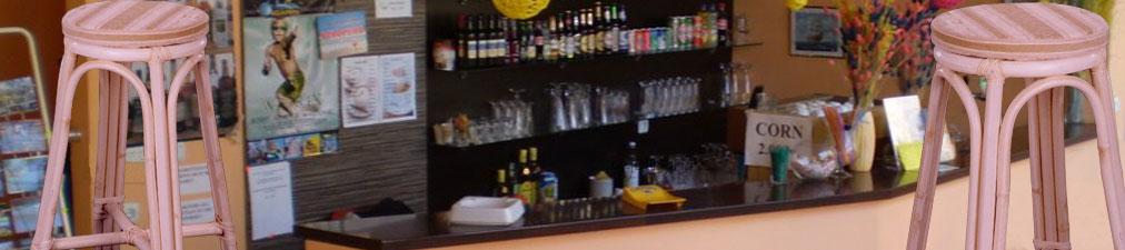 Banco Alto Bar Stool